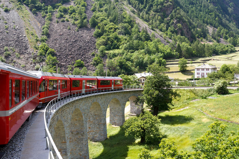 Schweizer Züge - Laax